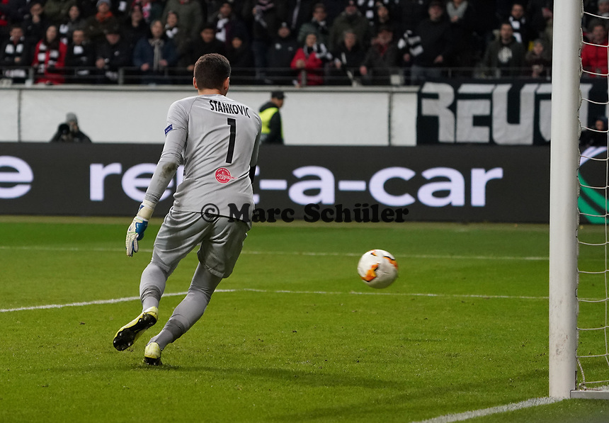 Torwart Cican Stankovic (RB Salzburg, #01) - 20.02.2020: Eintracht Frankfurt vs. RB Salzburg, UEFA Europa League, Hinspiel Round of 32, Commerzbank Arena DISCLAIMER: DFL regulations prohibit any use of photographs as image sequences and/or quasi-video.