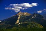Widok na Tatry Bielskie i Hawrań z trasy Zakopane-Bukowina, Słowacja<br /> The view of the Bielskie Tatra Mountains and Hawrań, road from Zakopane to Bukowina, Slovakia