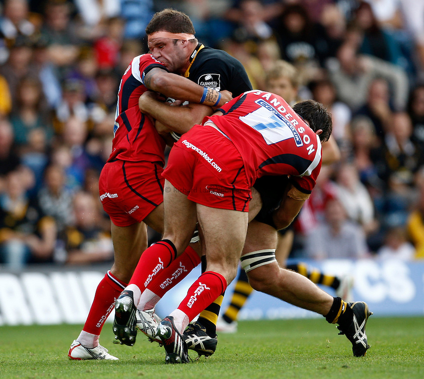 Photo: Richard Lane/Richard Lane Photography.London Wasps v Worcester Warriors. Guinness Premiership. 20/09/2009. Wasps' Joe Worsley attacks.