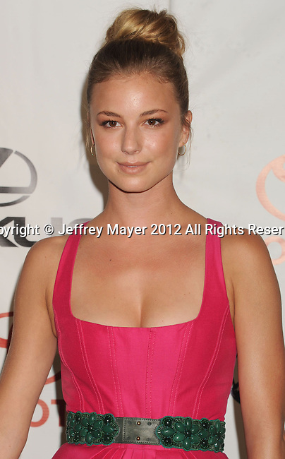 BURBANK, CA - SEPTEMBER 29: Emily VanCamp arrives at the 2012 Environmental Media Awards at Warner Bros. Studios on September 29, 2012 in Burbank, California.