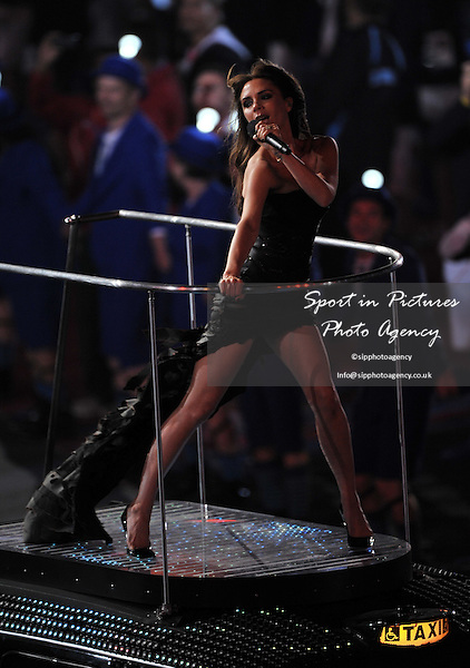 Victoria BeckamClosing Ceremony - PHOTO: Mandatory by-line: Garry Bowden/SIP/Pinnacle - Photo Agency UK Tel: +44(0)1363 881025 - Mobile:0797 1270 681 - VAT Reg No: 768 6958 48 - 12/08/2012 - 2012 Olympics - Olympic Stadium, Olympic Park, London, England