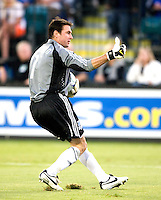13 September 2008: Earthquakes' goalkeeper Joe Cannon gives thumb up after making a save during the game against Houston Dynamo at Buck Shaw Stadium in Santa Clara, California.   San Jose Earthquakes tied Houston Dynamo, 1-1.