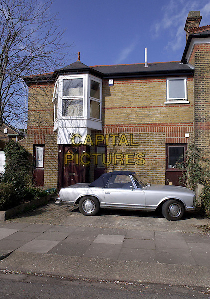 JOHN LESLIE'S NEW HOME.Chiswick, London, March 17th 2005..house silver car.www.capitalpictures.com.sales@capitalpictures.com.©David Hitchens/Capital Pictures.