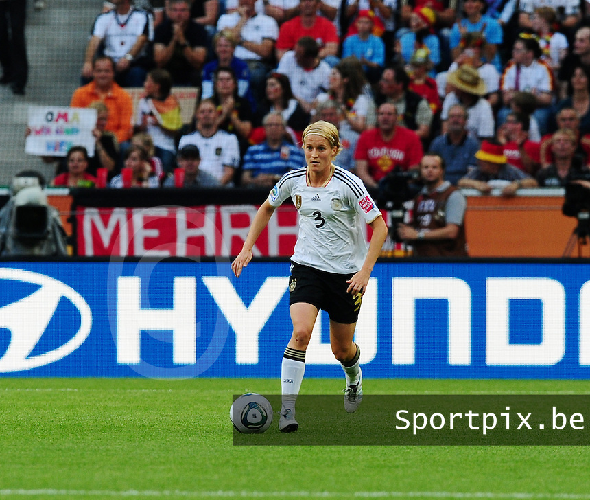 Fifa Women's World Cup Germany 2011 : France - Germany ( Frankrijk - Duitsland ) at Munchengladbach World Cup stadium : Saskia BARTUSIAK.foto DAVID CATRY / Vrouwenteam.be