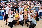 26.08.2017, Hamburg, Stadion Am Rothenbaum<br />Beachvolleyball, World Tour Finals<br /><br />Jubel Laura Ludwig (#1 GER), Kira Walkenhorst (#2 GER) mit Trainer / Scout / Staff<br /><br />  Foto © nordphoto / Kurth