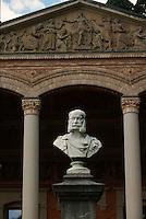 Deutschland, Baden-Württemberg, Trinkhalle im Kurpark von Baden-Baden, Denkmal Wilhelm I