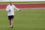 MADRID (25/05/09).- The Spanish Soccer national training session.  Vicente del Bosque...PHOTO: Cesar Cebolla / ALFAQUI