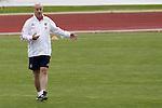 MADRID (25/05/09).- The Spanish Soccer national training session.  Vicente del Bosque...PHOTO: Cesar Cebolla / ALFAQUI
