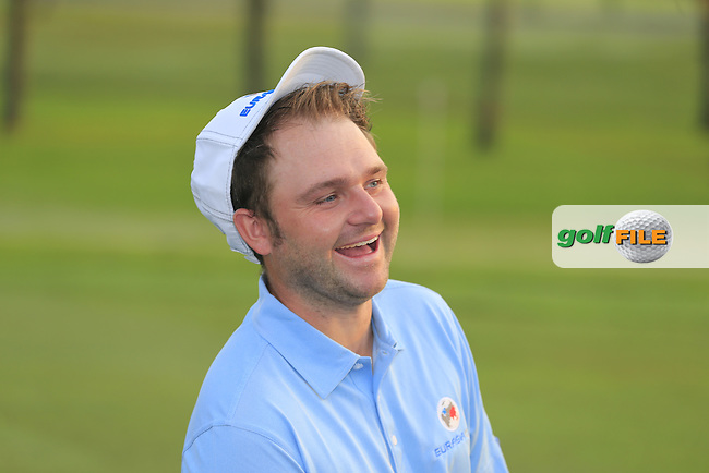 Andy Sullivan (ENG) at the European Team photo before Pro-Am Day of the 2016 Eurasia Cup held at the Glenmarie Golf &amp; Country Club, Kuala Lumpur, Malaysia. 14th January 2016.<br /> Picture: Eoin Clarke | Golffile<br /> <br /> <br /> <br /> All photos usage must carry mandatory copyright credit (&copy; Golffile | Eoin Clarke)