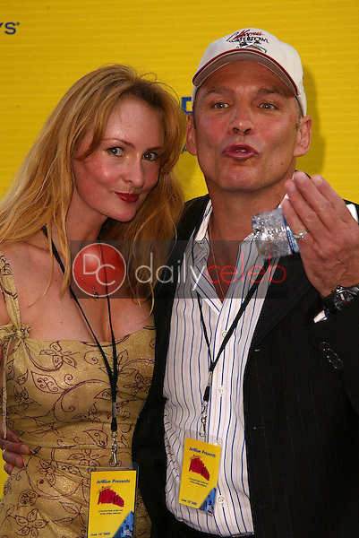 Melanie Good and Patrick Kilpatrick<br /> at the launch of Jet Blue out of Burbank and 25th anniversary screening of &quot;Airplane&quot; at Warner Bros. Studios, Burbank, CA 06-13-05<br /> David Edwards/DailyCeleb.Com 818-249-4998