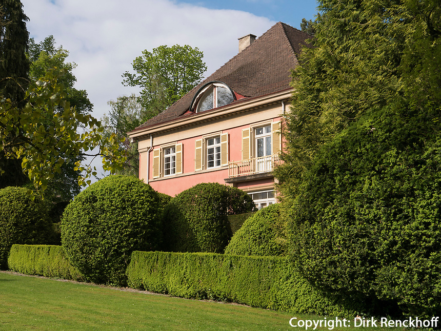 Villa, erbaut von Albert Speer Senior in Gartenanlage Stiegeler Park, Konstanz, Baden-W&uuml;rttemberg, Deutschland, Europa<br /> mansion built by Alber Speer sen.in Stiegeler Park gardens, Constance, Baden-W&uuml;rttemberg, Germany, Europe