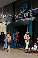 Motel One Hamburg am Michel, Ludwig-Erhard-Str. 26, Hamburg, Deutschland.