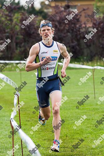 2013-05-12 / Triathlon/ Geel/ Winnaar Pieter Heemeryck....Foto: Mpics.be