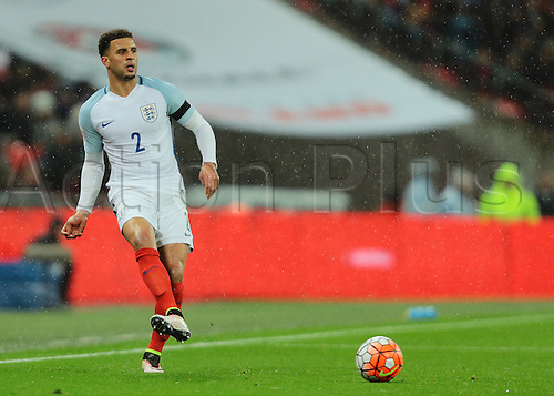 29.03.2016. Wembley Stadium, London, England.  International Football Friendly England versus Netherlands. England Defender Kyle Walker crosses into the Netherlands area