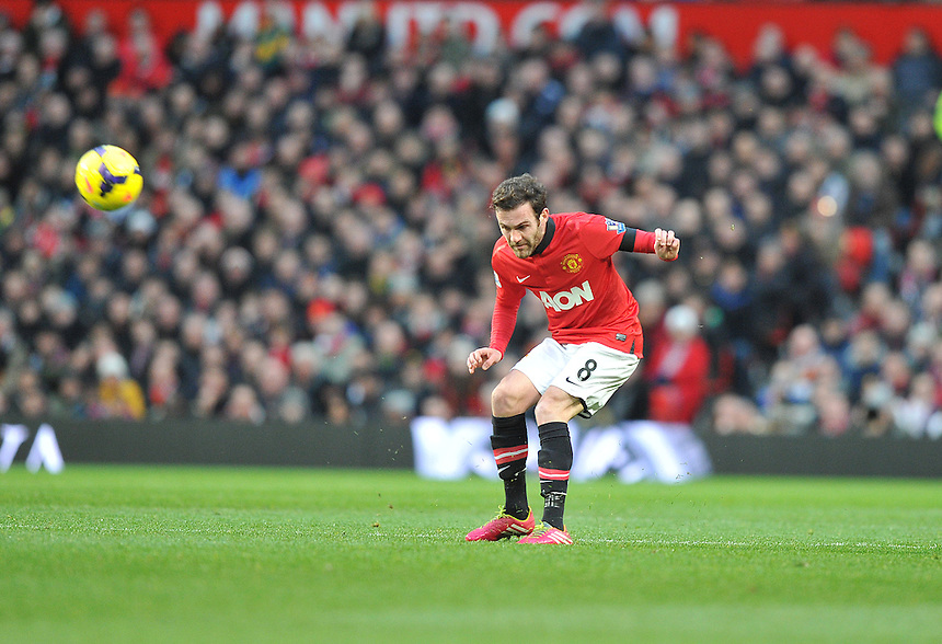 Manchester United's Juan Mata<br /> <br /> Photo by Dave Howarth/CameraSport<br /> <br /> Football - Barclays Premiership - Manchester United v Fulham - Sunday 9th February 2014 - Old Trafford - Manchester<br /> <br /> &copy; CameraSport - 43 Linden Ave. Countesthorpe. Leicester. England. LE8 5PG - Tel: +44 (0) 116 277 4147 - admin@camerasport.com - www.camerasport.com
