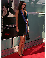 "©2004 KATHY HUTCHINS /HUTCHINS PHOTO.PREMIERE OF ""CATWOMAN"".HOLLYWOOD, CA.JULY 19, 2004..KIM SMITH"