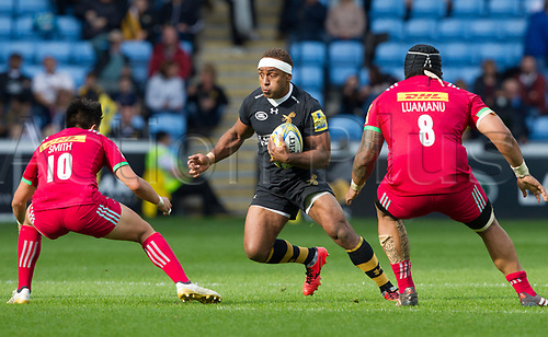 17th September 2017, Ricoh Arena, Coventry, England; Aviva Premiership rugby, Wasps versus Harlequins;  Gaby Lovobalavu makes a break for Wasps