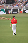Lee Westwood walks up the 18th fairway during the Final Day of the Dubai World Championship Golf in Jumeirah, Earth Course, Golf Estates, Dubai  UAE, 22nd November 2009 (Photo by Eoin Clarke/GOLFFILE)