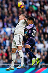 Toni Kroos of Real Madrid (L) competes for the ball with Leonardo Gabriel Suarez, Leo Suarez, of Real Valladolid during the La Liga 2018-19 match between Real Madrid and Real Valladolid at Estadio Santiago Bernabeu on November 03 2018 in Madrid, Spain. Photo by Diego Souto / Power Sport Images