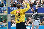 06.10.2019, Klingenhalle, Solingen,  GER, 1. HBL. Herren, Bergischer HC vs. TSV GWD Minden, <br /> <br /> im Bild / picture shows: <br /> Arnór Thor Gunnarsson (BHC #11),   im Zweikampf gegen  MALTE SEMISCH Torwart (Minden #16), <br /> <br /> <br /> Foto © nordphoto / Meuter