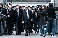 Francois Hollande .22/04/2012 Tulle -  Voto del candidato del partito socialista, per le elezioni presidenziali..Foto Insidefoto / Panoramic .ITALY ONLY.