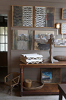 Europe/France/Aquitaine/Gironde/Bassin d'Arcachon/Cap Ferret: détail de la décoration de la salle du restaurant La Maison du Bassin et son Bistrot, 5, rue des Pionniers