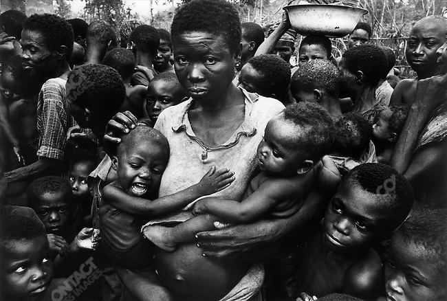 Food distribution center, civil war, Biafra, Nigeria, April 1968