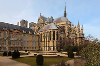 View from the side of the apse and southern transept, Notre-Dame de Reims (Our Lady of Rheims), pictured on February 15, 2009, 13th - 15th century, Roman Catholic Cathedral where the kings of France were crowned, Reims, Champagne-Ardenne, France.