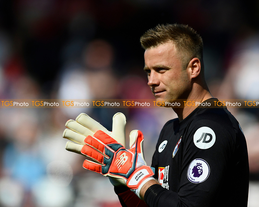 Artur Boruc of AFC Bournemouth during AFC Bournemouth vs Middlesbrough, Premier League Football at the Vitality Stadium on 22nd April 2017