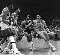Golden State Warriors Phil Smith, Clifford Ray, and Jamaal Wilkes. (1975 photo/Ron Riesterer)
