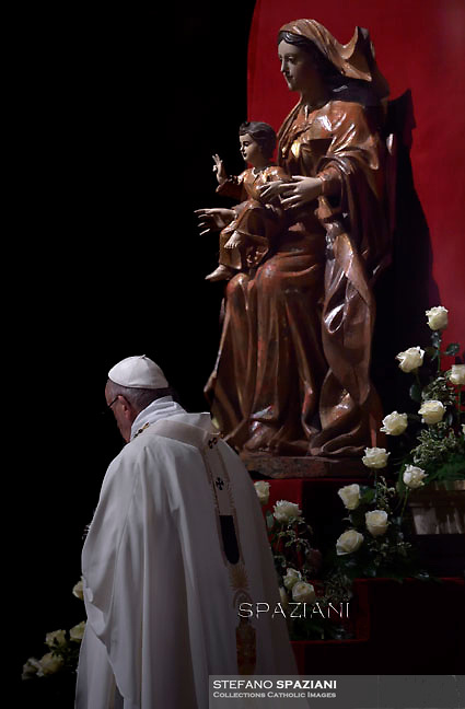 Pope Francis lead a mass in St Peter's basilica for the 20th World Day of Consecrated Life of the Catholic Church on February 2, 2016 in Vatican.