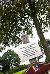 ZOETERMEER - Geplante boom bij opening in 1995. BurgGolf Westerpark.  COPYRIGHT  KOEN SUYK