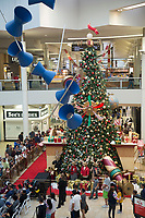 Santa's Arrival in Center Court at Shops at Montebello
