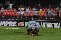 SAO PAULO, SP, 03 MARCO 2013 - PAULISTAO - SAN X COR - Renato Augusto  corithians lamenta perca de gol durante a partida entre Santos e Corinthians, válida pelo Campeonato Paulista 2013, no Estádio do Morumbi em São Paulo (SP), neste domingo (3).FOTO: VANESSA CARVALHO - BRAZIL PHOTO PRESS