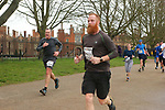 2020-02-23 Hampton Court Half 093 TRo Hampton Ct rem
