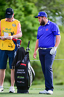 Andrew Johnston (GBR) and his caddie look over the tee shot on 3 during round 1 of the Shell Houston Open, Golf Club of Houston, Houston, Texas, USA. 3/30/2017.<br /> Picture: Golffile | Ken Murray<br /> <br /> <br /> All photo usage must carry mandatory copyright credit (&copy; Golffile | Ken Murray)