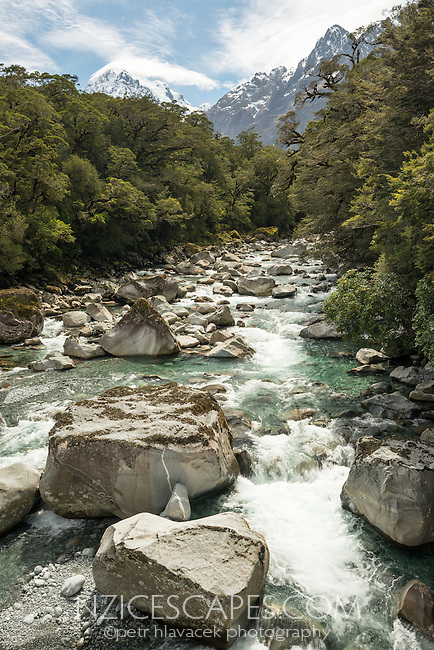 Tutoko River with Mount Tutoko in distance on left, Fiordland National Park, Southland, UNESCO World Heritage Area, New Zealand, NZ