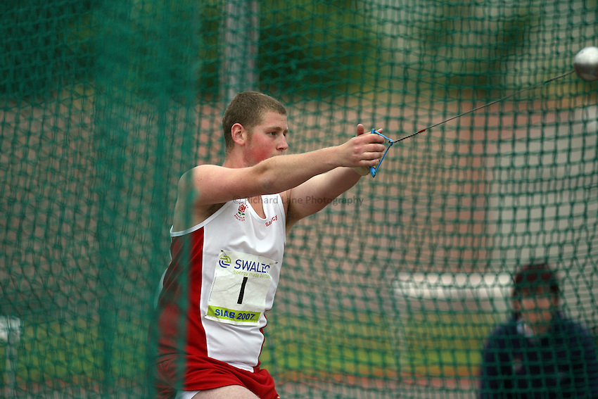 Photo: Rich Eaton...Schools International Athletic Board, Track & Field International Match, Newport. 21/07/2007. Michael Jennings of England wins gold in the boys hammer.