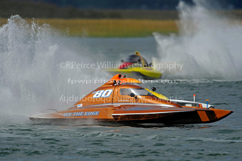 "Howie Schnabolk, S-80 ""On The Edge"" and Steve Armstrong, CS-11 ""Total Chaos"" (2.5 Litre Stock hydroplane(s)"