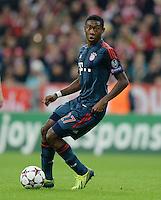 FUSSBALL   CHAMPIONS LEAGUE   SAISON 2013/2014   Vorrunde FC Bayern Muenchen - ZSKA Moskau       17.09.2013 David Alaba (FC Bayern Muenchen) am Ball