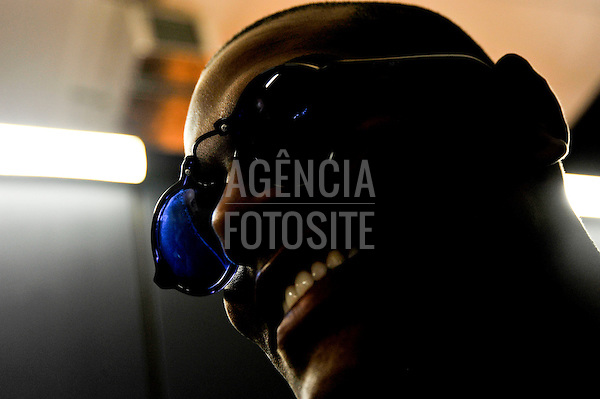 São Paulo, Brasil – 10/06/2010 - Backstage da grife Ellus durante o São Paulo Fashion Week  -  Verao 2011. Foto : Gustavo Scatena/ Ag. Fotosite