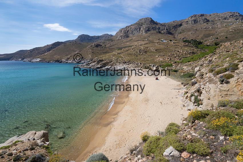 Greece, South Aegean, Cyclades, Serifos island: Kalo Ampeli beach near Livadi on island's south coast | Griechenland, Suedliche Aegaeis, Kykladen, Insel Serifos: Kalo Ampeli beach bei Livadi an der Suedkueste