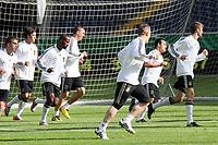 Nationalmannschaft laeuft sich warm<br /> WM-Team des DFB trainiert in der Commerzbank Arena *** Local Caption *** Foto ist honorarpflichtig! zzgl. gesetzl. MwSt. Auf Anfrage in hoeherer Qualitaet/Aufloesung. Belegexemplar an: Marc Schueler, Alte Weinstrasse 1, 61352 Bad Homburg, Tel. +49 (0) 151 11 65 49 88, www.gameday-mediaservices.de. Email: marc.schueler@gameday-mediaservices.de, Bankverbindung: Volksbank Bergstrasse, Kto.: 151297, BLZ: 50960101