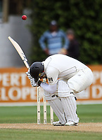 NZ's Ross Taylor ducks a bouncer during day four of the 3rd test between the New Zealand Black Caps and India at Allied Prime Basin Reserve, Wellington, New Zealand on Monday, 6 April 2009. Photo: Dave Lintott / lintottphoto.co.nz.