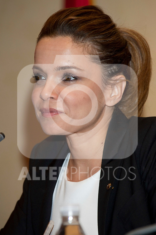 MADRID, (28/09/2010).- American actress Mira Sorvino and Nobel award winner Shirin Ebadi attend press Conference to announce winners of 'Save the Children 2010 Awards'. Pictured journalist Carme Chaparro...Photo: Cear Cebolla / ALFAQUI