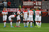 Düsseldorf schwört sich ein - 01.09.2019: Eintracht Frankfurt vs. Fortuna Düsseldorf, Commerzbank Arena, 3. Spieltag<br /> DISCLAIMER: DFL regulations prohibit any use of photographs as image sequences and/or quasi-video.