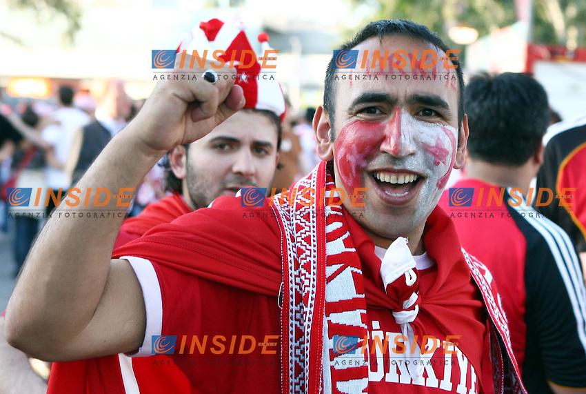 MG Vienna ( Austria) 20/06/2008  - Euro 2008 / Croazia-Turchia/ Foto Andrea Staccioli / Insidefoto<br /> Nella foto: Tifosi Turchia