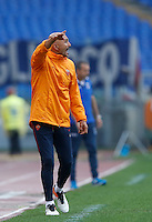 Calcio, Serie A: Roma vs Sampdoria. Roma, stadio Olimpico, 11 settembre 2016.<br /> Roma's coach Luciano Spalletti gives indications to his players during the Italian Serie A football match between Roma and Sampdoria at Rome's Olympic stadium, 11 September 2016. Roma won 3-2.<br /> UPDATE IMAGES PRESS/Isabella Bonotto
