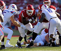 9/3/16<br /> Arkansas Democrat-Gazette/STEPHEN B. THORNTON<br /> Arkansas' 'Rawleigh Williams III runs during the fourth quarter of their game Saturday Sept. 3, 2016 in Fayetteville, Ark.