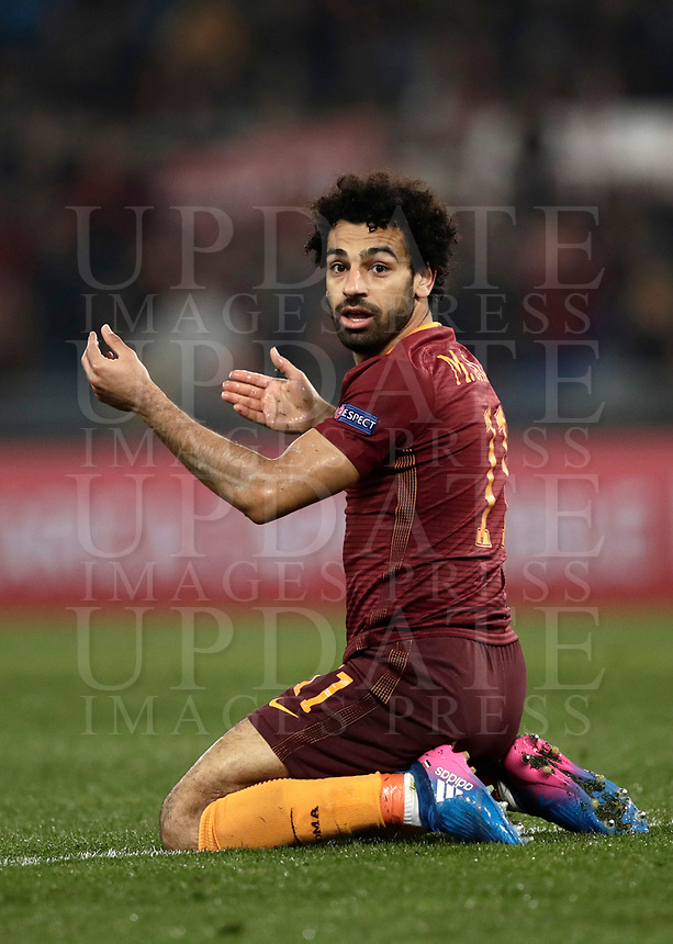 Football Soccer: Europa League Round of 16 second leg, Roma-Lyon, stadio Olimpico, Roma, Italy, March 16,  2017. <br /> Roma's Mohamed Salah reacts during the Europe League football soccer match between Roma and Lyon at the Olympique stadium, March 16,  2017. <br /> Despite losing 2-1, Lyon reach the quarter finals for 5-4 aggregate win.<br /> UPDATE IMAGES PRESS/Isabella Bonotto